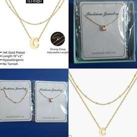 Collar con inicial pequeña para mujer, chapado en oro de 14 quilates, diseño de letra minúscula