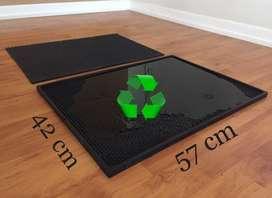 Bandeja y alfombra desinfectante de Caucho