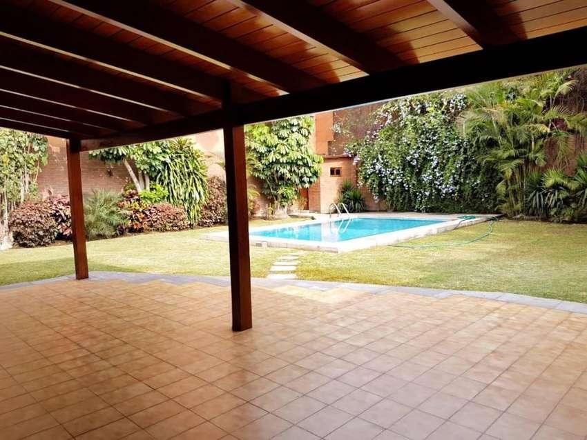 Venta Casa Chacarilla - San Borja 0