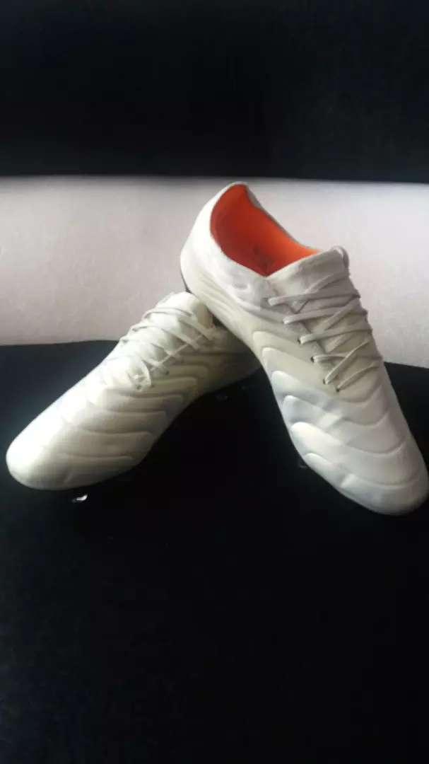 Guayos Adidas copa 19.1 0