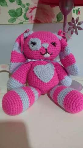 Coneja a crochet nueva