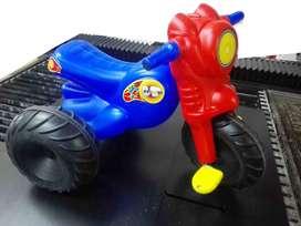 moto triciclo de plastico