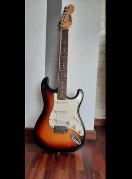 Guitarra Leonard stratocaster