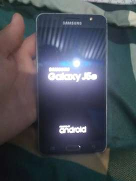 Vendo Samsung / Galaxy J5