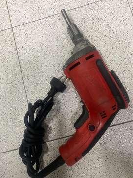 Vendo destornillador electrico milwauker
