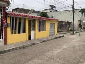Casa Guayacan, Diagonal a la escuela Irma Montes negociable