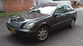 Mercedes w203 c320 perfecto