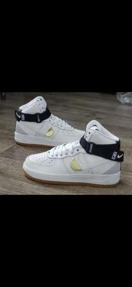 Tenis en bota Nike Air Forcé one NBA caballero