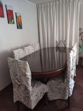 Vendo Juego de Comedor de 8 sillas