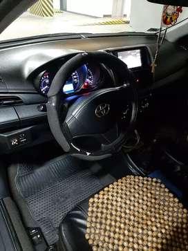 Toyota yaris 2015 gnv mecánico.