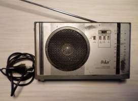 "Radio Portátil análoga ""OSKAR""- Made In Hong Kong -¡Excelente!- P/reparar- ¡Oportunidad!"