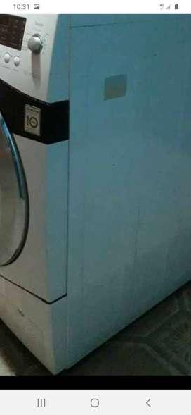 Mantenimiento de lavadoras servicio Kennedy  venecia Bogota centrales haceb mabe haceb calentadores llamenos al WhatsApp