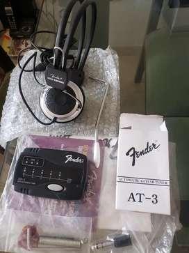 Vendo Afinador y Audífonos Fender