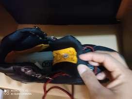 Zapatos CAT con punta de acero y dieléctricos  talla 40.5