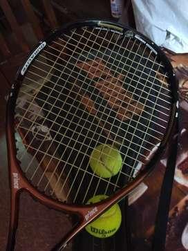 raqueta de tennis profecional