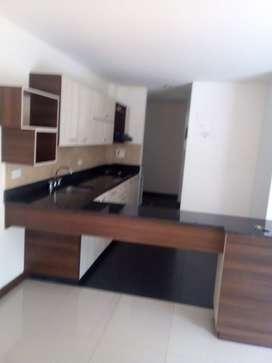 Apartamento 82 M2 Copacabana  3 Habitacione, 2 Baños, Dos Balcones.