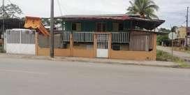 Vendo casa en Lago Agrio calle Venezuela