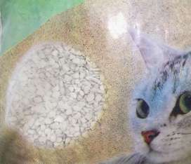 Arena gruesa sanitaria para gatos