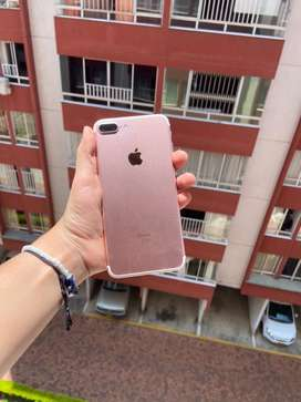 Iphone 7 plus color oro rosa de 32 gb