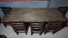 Vendo mesa con 6 sillas sillas sin uso remato 5000$
