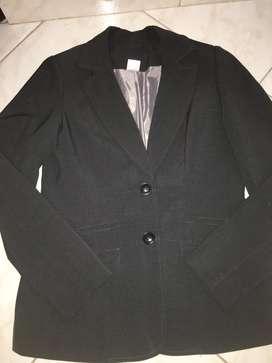 Blaizer tipo chaqueta, excelente estado, povo uso, coñor gris, elegante tañla m - L