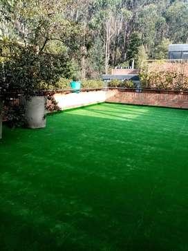 Instalación de alfombras y grama sintética