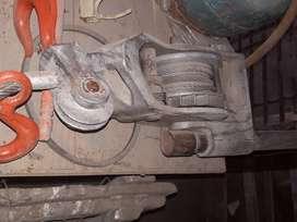 Crique levanta motores Taller mecanico