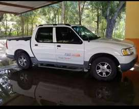 Camioneta Ford Explorer 4x4 Sport Track full equipo
