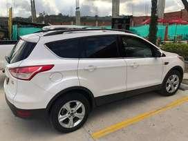 Vendo ford escape titanium modelo 2013 excelente estado 100.000 km ÚNICO DUEÑO