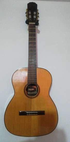 Guitarra Giannini Clásica