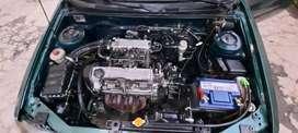 Se vende chevrolet esteem 1300/modelo 2000...el carro tiene algunos golpes en las latas.