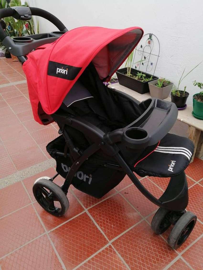 Coche y silla carro priori rojo