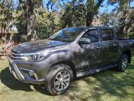 Toyota hilux Es 2.8 Cd Srx 177 CV 4x4 caja automatica