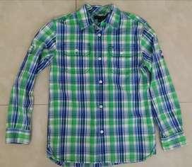 Camisa mangas largas Tommy Hilfiger talla 8/10 niño