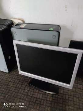 Vendo o permuto 3 computadores de mesa con cables camaras y teclados