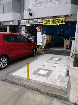 TRASPASO NEGOCIO COMERCIAL CAFFE INTERNET BUENISIMA UBICACION, CERCA A LARCO PARQUE KENNEDY