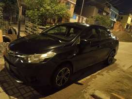 Se vende Toyota Yaris del año 2014 GNV