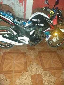 Se vende moto marca loncin de 200cc