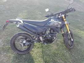 Vendo moto Beta 200