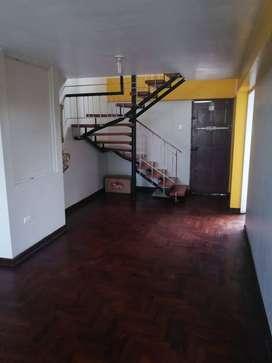 Venta de Hermoso dpto Duplex + opción de aires en Cercado de Lima .