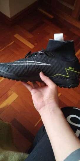 Zapatos de Pupillo Nike Hypervenom 39-40