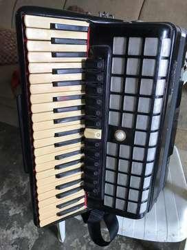 Vendo acordeon