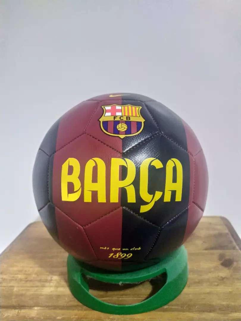 Vendo pelota original del Barcelona 0