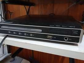 DVD reproductor AMWood con control remoto