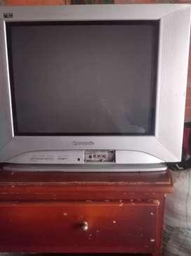 Se vende televisor panasonic de 32 pulgadas en bello