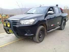 Vendo camioneta TOYOTA-HILUX