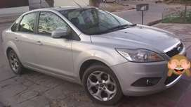 Vendo Ford Focus Ghia 2.0 (excelente estado)