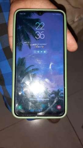 Samsung A10 32 gb liberado vendo /permuto