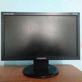 Se vende monitor  en 60.000