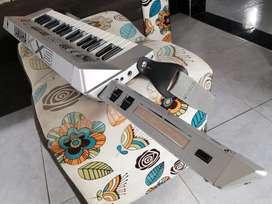 Keytar Controlador Midi Yamaha Kx5